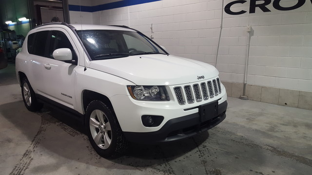 Pre-Owned 2015 Jeep Compass North *All Wheel Drive* Leather Seats*