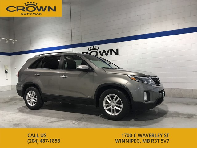 Pre-Owned 2014 Kia Sorento LX AWD ** Heated Seats** Local Manitoba Trade In**