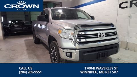 Pre-Owned 2017 Toyota Tundra SR5 Plus 4X4 **Spray In Box Liner ** Navigation**Crown Original**